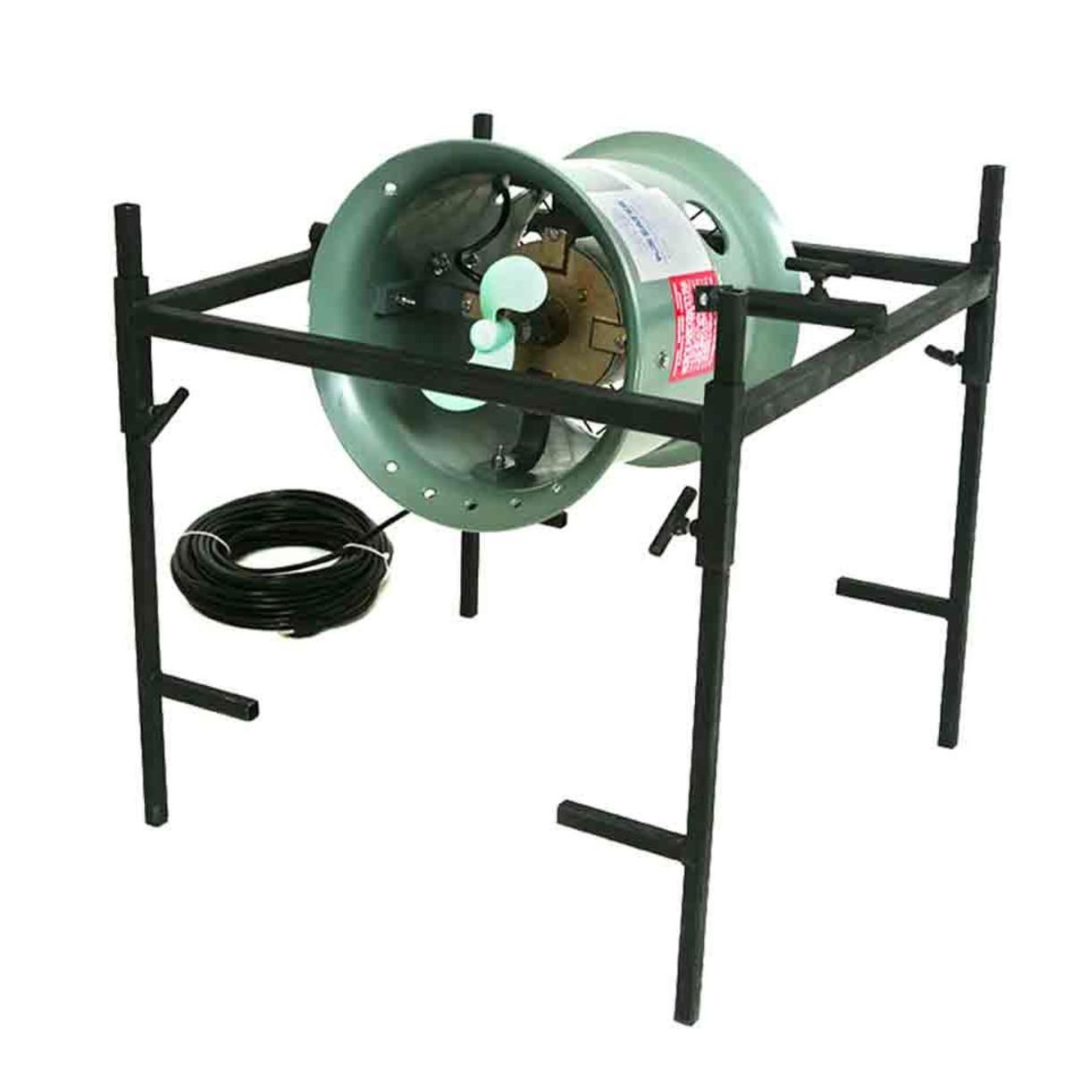 Mallard View Outdoors 230 Volt Ice Eater With Stand_1.jpg