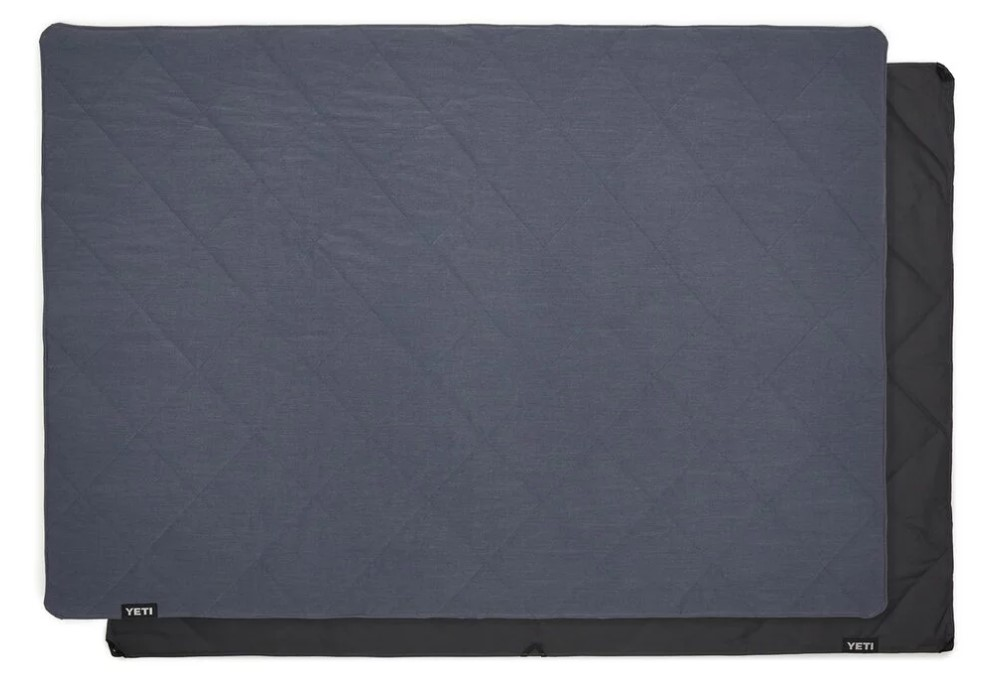 YETI Lowlands Blanket Blue_1.jpg